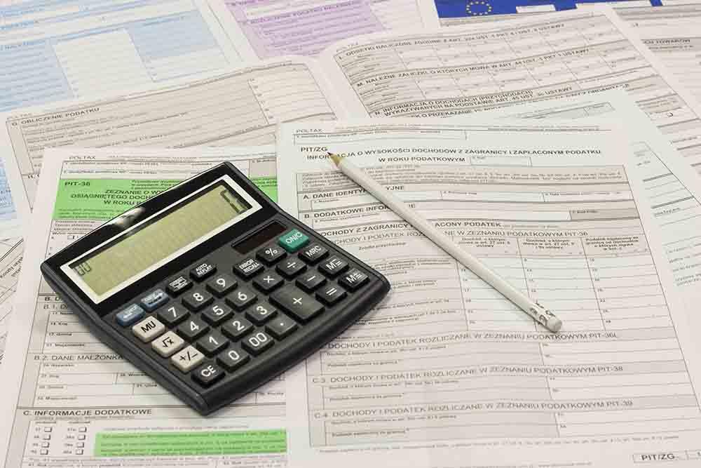 Dagpenge og kontanthjælp: MÅ jeg rejse ud på ferie?