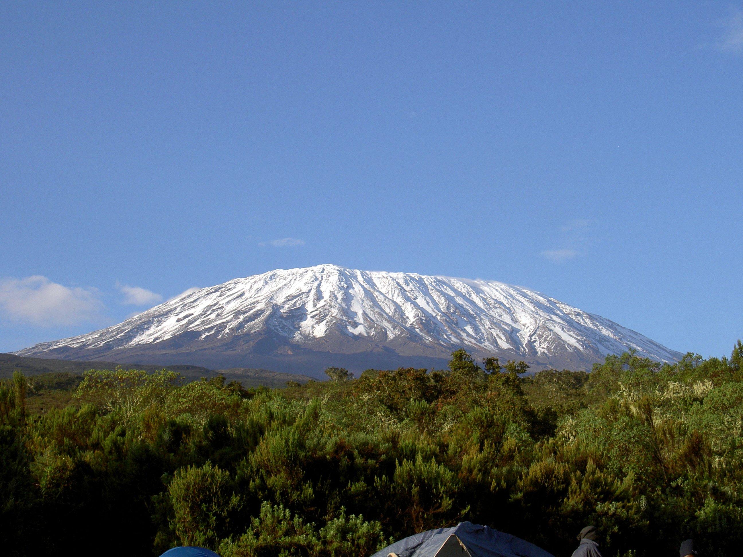 mt-_kilimanjaro_12-2006